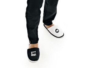 ASSOS_loungePantoffel_Slippers